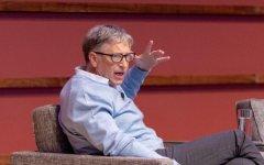 比尔·盖茨:AI应该被用来改善教育和医疗