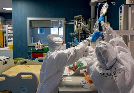 冠状病毒如何杀死?临床医生从大脑到脚趾追踪到整个身体
