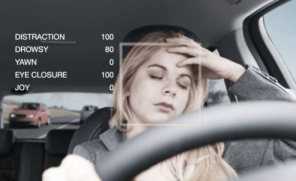 美国计划修订无人车交规:无方向盘车还不能上