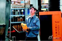 """给工业机器人装上一颗""""中国芯"""",让中国制造"""