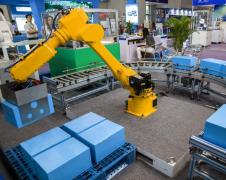 日本工业机器人对华出口额减少近2成,保持高速