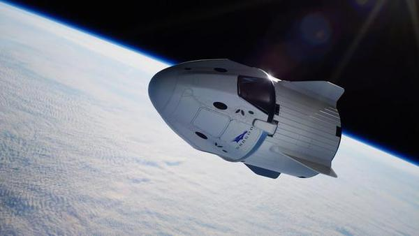 Space X 飞龙号太空舱成功从国际太空站返回地球