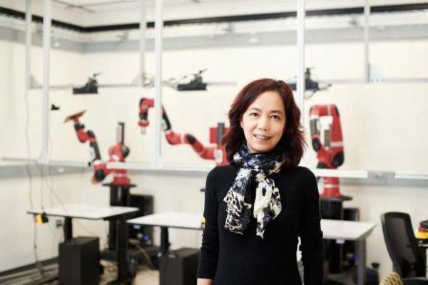"""李飞飞宣布成立""""以人为本AI研究院"""" AI要以人为"""