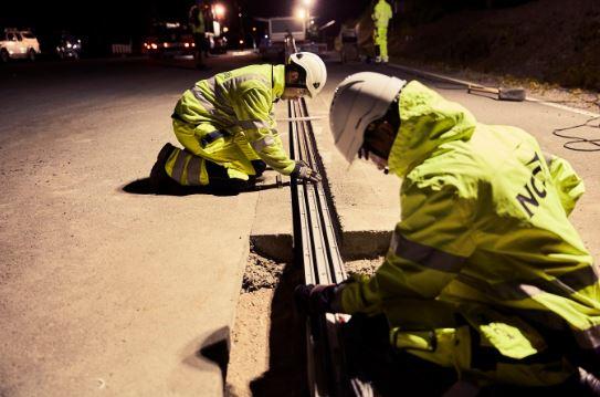 电动车充电等超久?瑞典开通世界首条充电公路