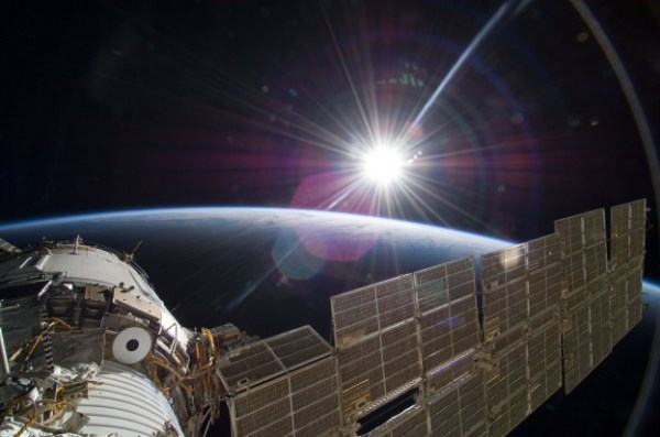 NASA要没钱了,决定开放旅客到太空站观光