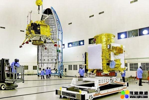 """印度""""月船2号""""着陆器在距离月球表面2.1公里处"""