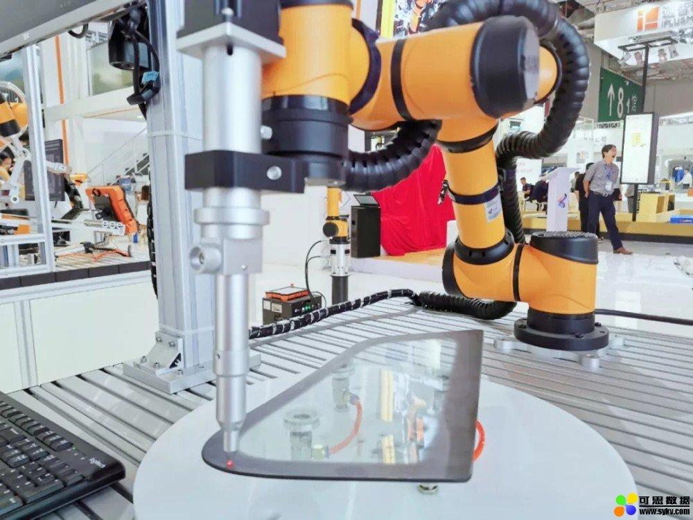 遨博协作机器人团队集结上海工博会