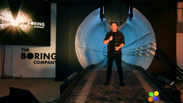 马斯克:赌城高速隧道应明年启用,1.3 公里电动